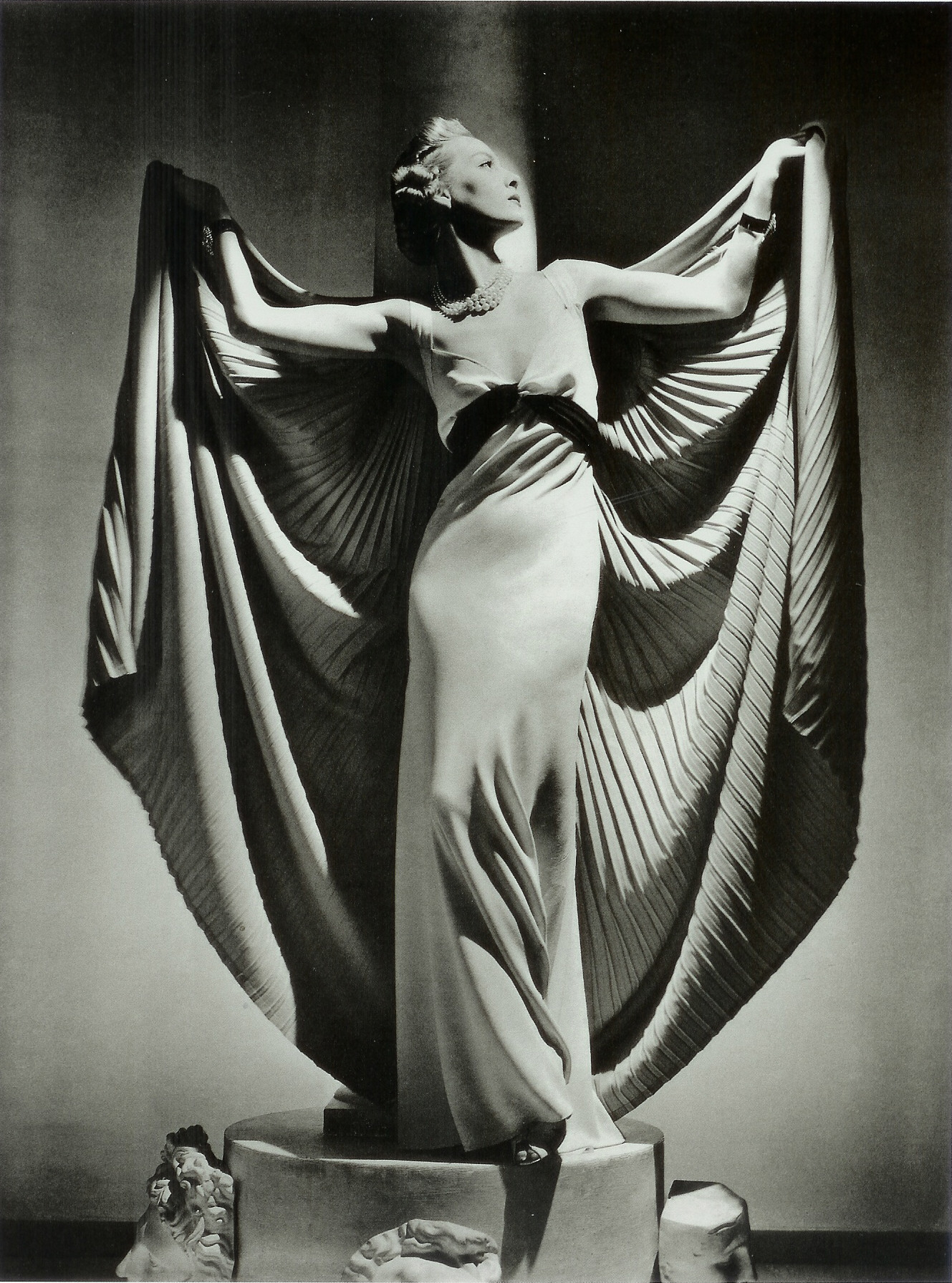Horst-P--Horst-fashion-photography